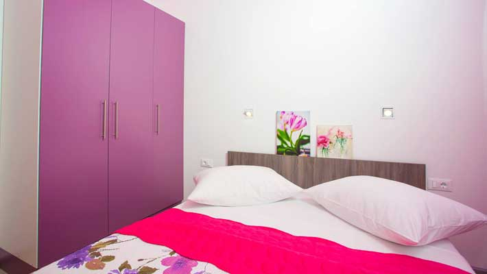 luxury city center apartments makarska