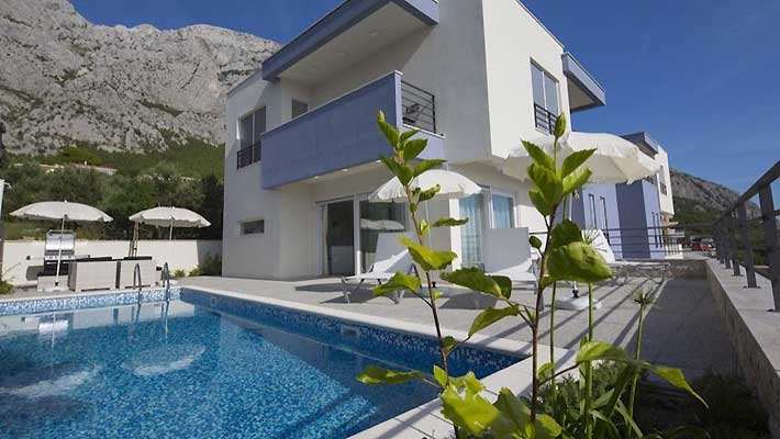 luxury villa makarska with pool
